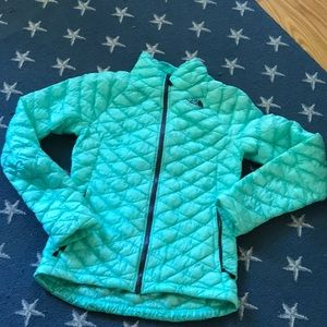 THE NORTHFACE Thermoball Jacket. Size XS
